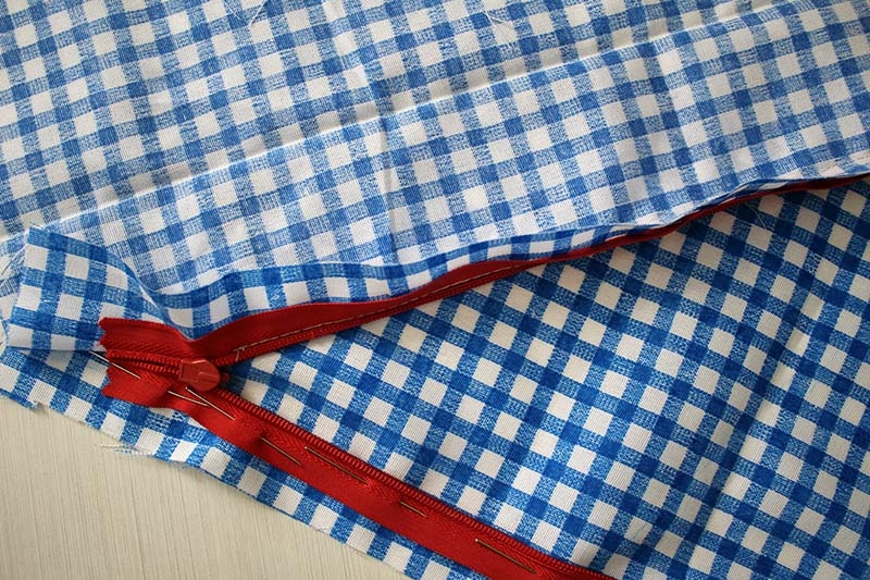 invisible-zipper-sewing-tutorial-step4