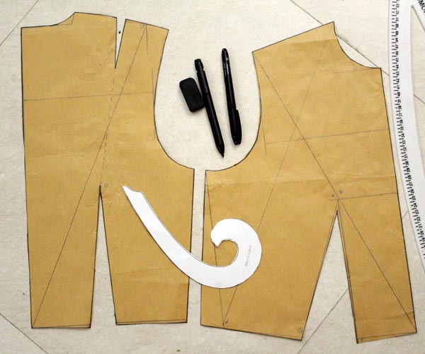Learn how to create basic sloper for bodice