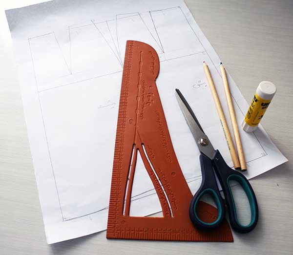 Drafting A-line flare skirt - Pattern Design Tutorial